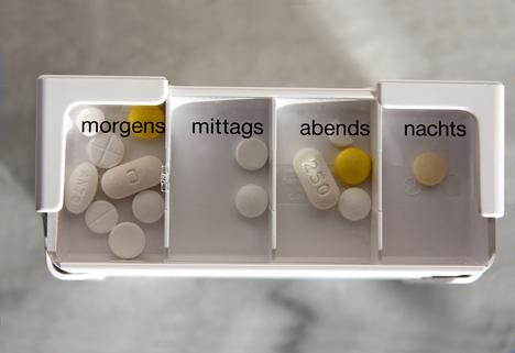 Richtige Medikamenteneinnahme – das sollten pflegende Angehörige beachten