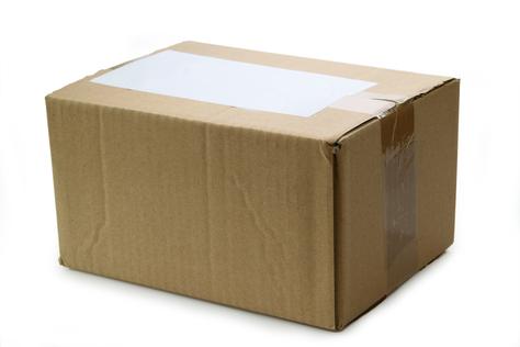 Praktisch und kostenlos: Pflegehilfsmittel kommen mit Paketpost