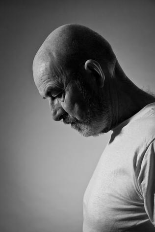 Depression im Alter: Auf diese Symptome sollten Angehörige achten